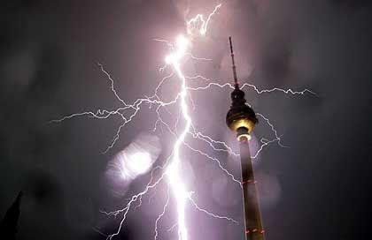 Blitz: Akute Schäden und ungewöhnliche Spätfolgen
