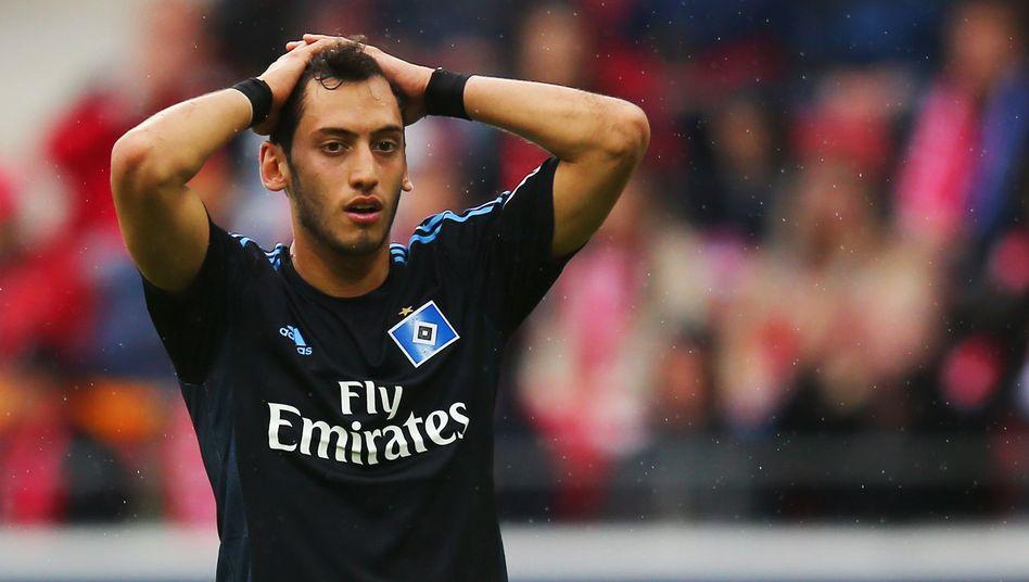 HSV-Mittelfeldspieler Calhanoglu: Noch eine Chance für den Klassenerhalt