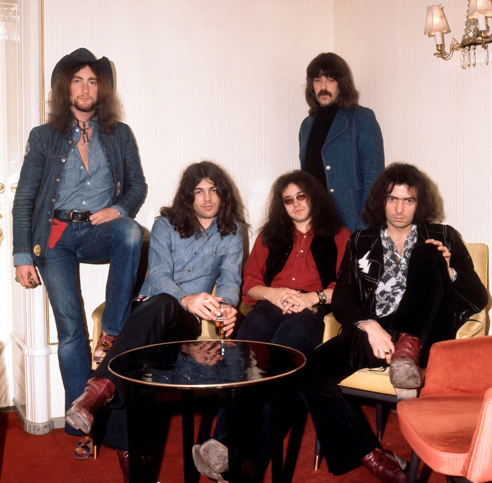 Photo of DEEP PURPLE and Ritchie BLACKMORE and Roger GLOVER and Jon LORD and Ian PAICE and Ian GILLAN