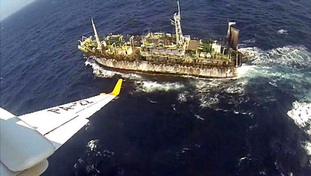 Illegaler Fischfang: Küstenwache versenkt chinesischen Trawler