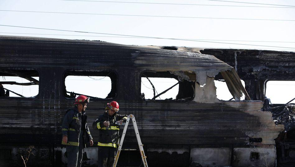 Ausgebrannter Waggon in Israel: Der Zug konnte evakuiert werden