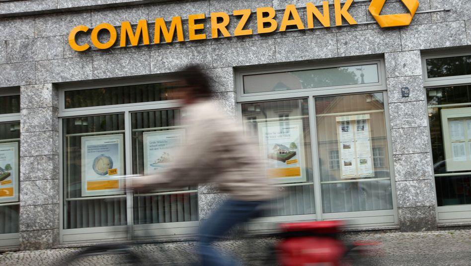 Bankfiliale: Die Zahlen im Schaufenster gelten meist nur für Neukunden