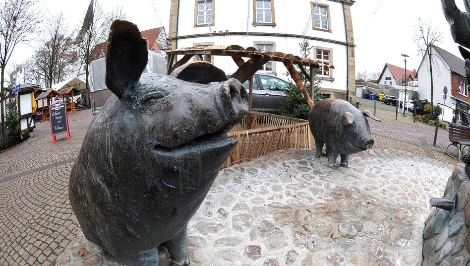 Wurstträgerbrunnen in Versmold: Eine Stadt, abhängig vom Fleisch