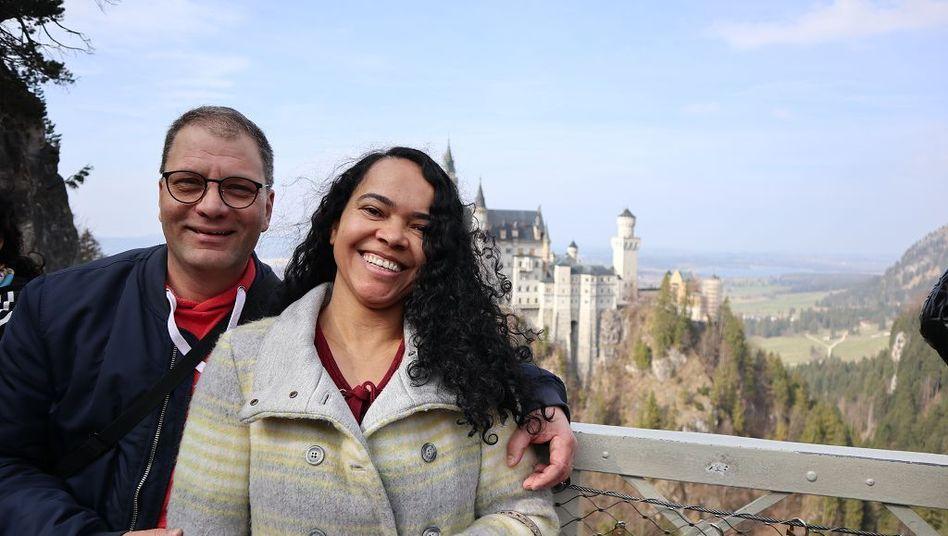 Matthias Bergmann und seine Frau Neuza