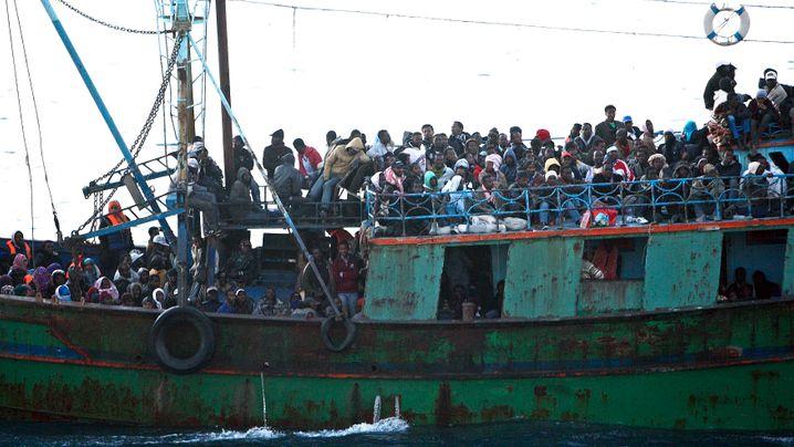 Boote aus Nordafrika: Flucht vor Armut und Unruhen