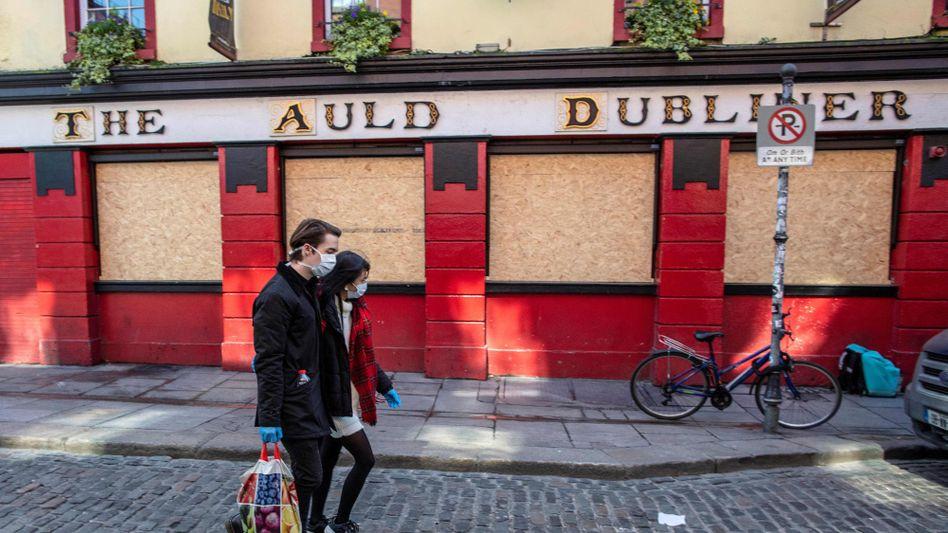 Dublin im Lockdown im vergangenen Jahr. Bald will Irland fast alle Coronabeschränkungen aufheben