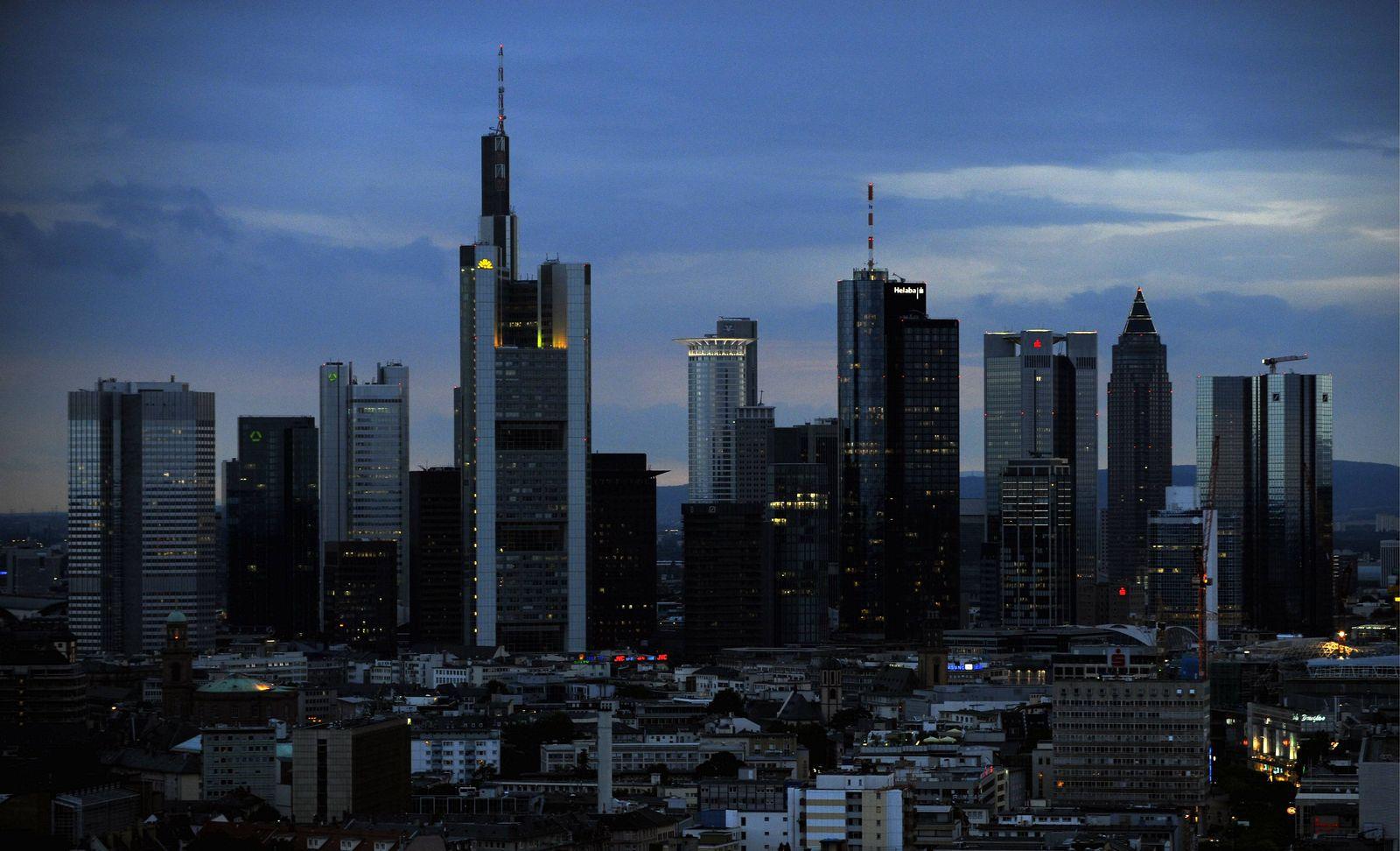 NICHT VERWENDEN BANKEN/SKYLINE/FRANKFURT