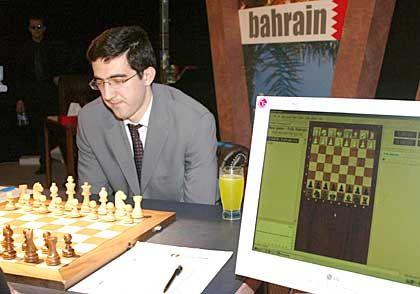 """Bahrein, Oktober 2002: Kramnik gegen den Computer """"Deep Fritz"""""""