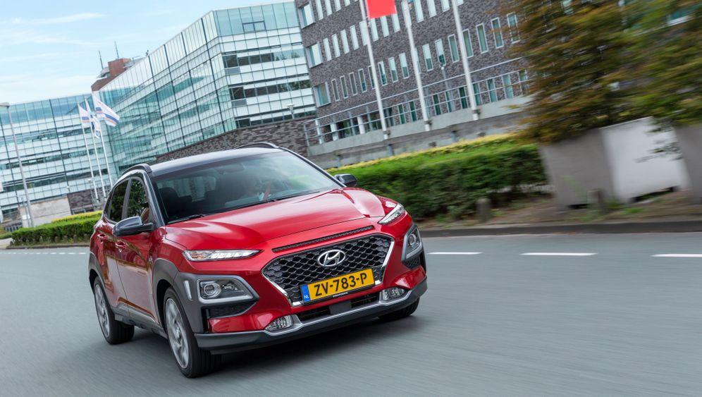 Autogramm Hyundai Kona Hybrid: Vier gewinnt