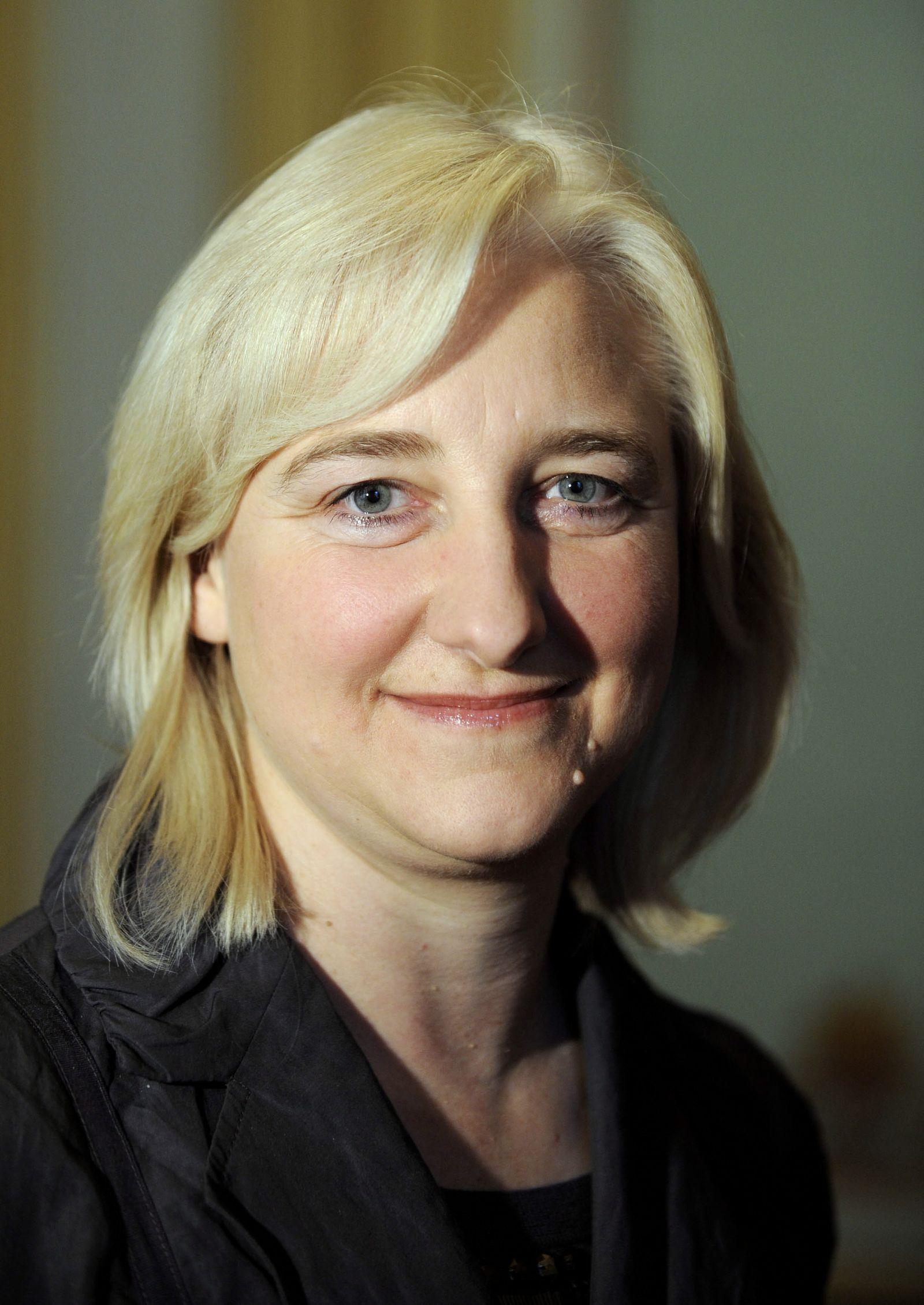 NICHT VERWENDEN Eva Kühne-Hörmann / Ministerin für Wissenschaft und Kultur