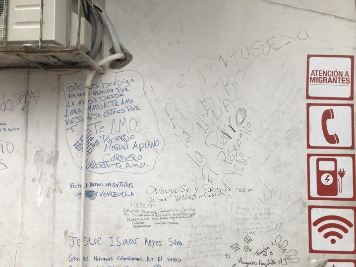 Hauswand der Rot-Kreuz-Raststation