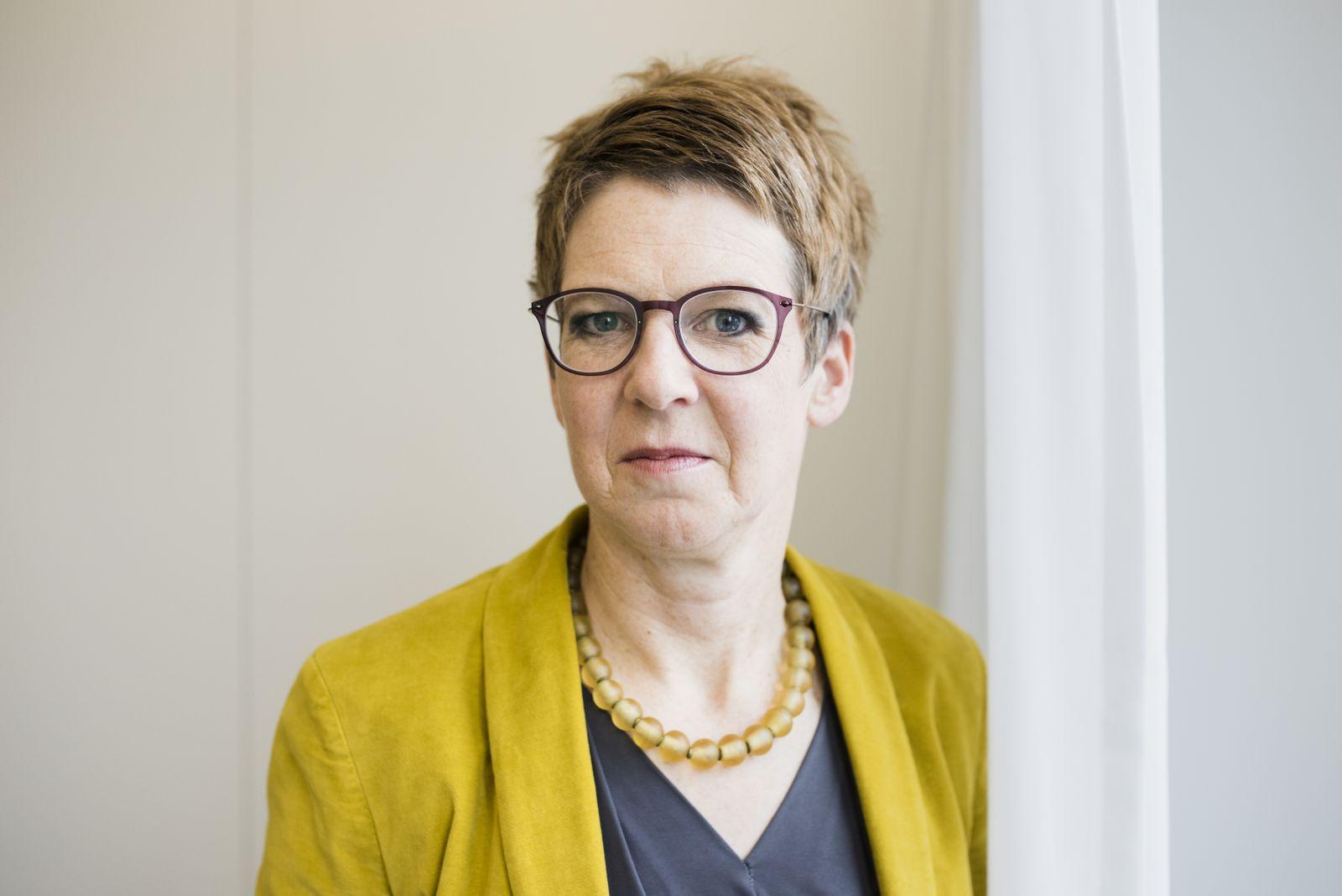 EINMALIGE VERWENDUNG SPIEGEL PLUS 01/2018 S.28 Breschnew Susanne Schattenberg, Autorin, Historikerin