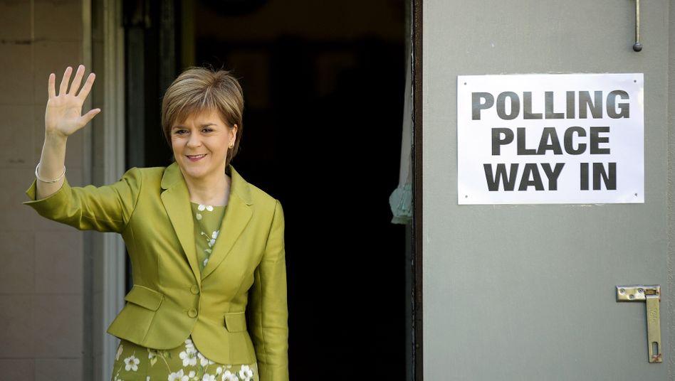 Schottlands Regierungschefin Nicola Sturgeon bei der Wahl des britischen Unterhauses 2015