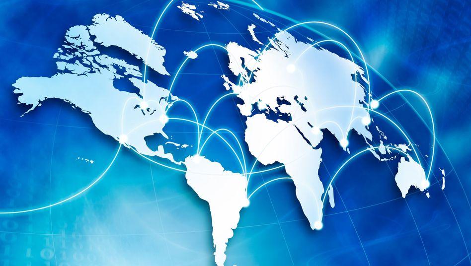 Weltweit verbunden: Viele deutsche Nutzer fühlen sich bedroht - auch durch den Staat