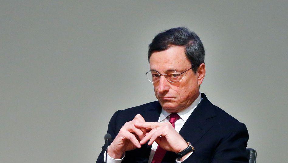 Draghi denkt: Erneute Zinssenkung wahrscheinlich