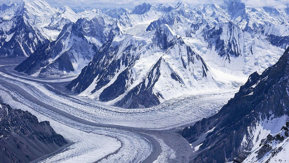The Himalayan glaciers will not melt by 2035, contrary to an erroneous IPCC prediction which has been withdrawn.