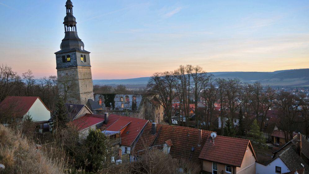 Photo Gallery: Bad Frankenhausen's Crooked Church Tower