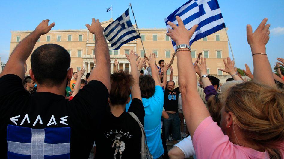 Sparpaket: Demonstranten wollen Griechenland lahmlegen