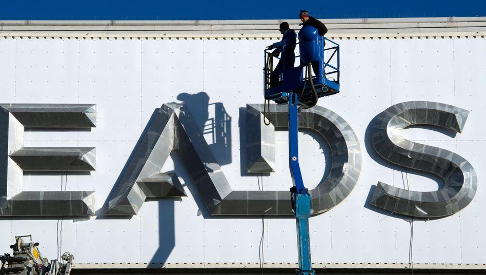 EADS-Logo in München: 4500 Festangestellte betroffen
