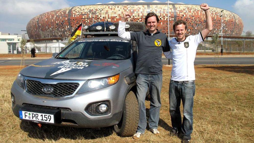Per Auto zur Fußball-WM: Einmal längs durch Afrika