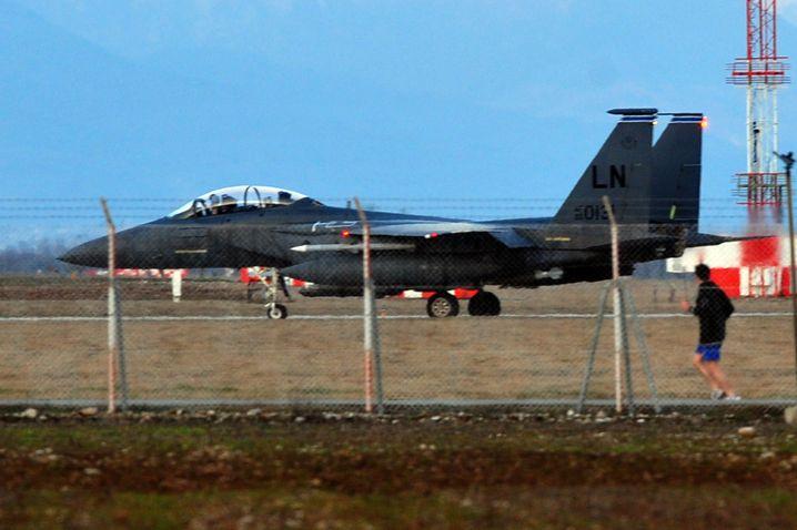 F-15-Jet auf der US-Militärbasis im italienischen Aviano