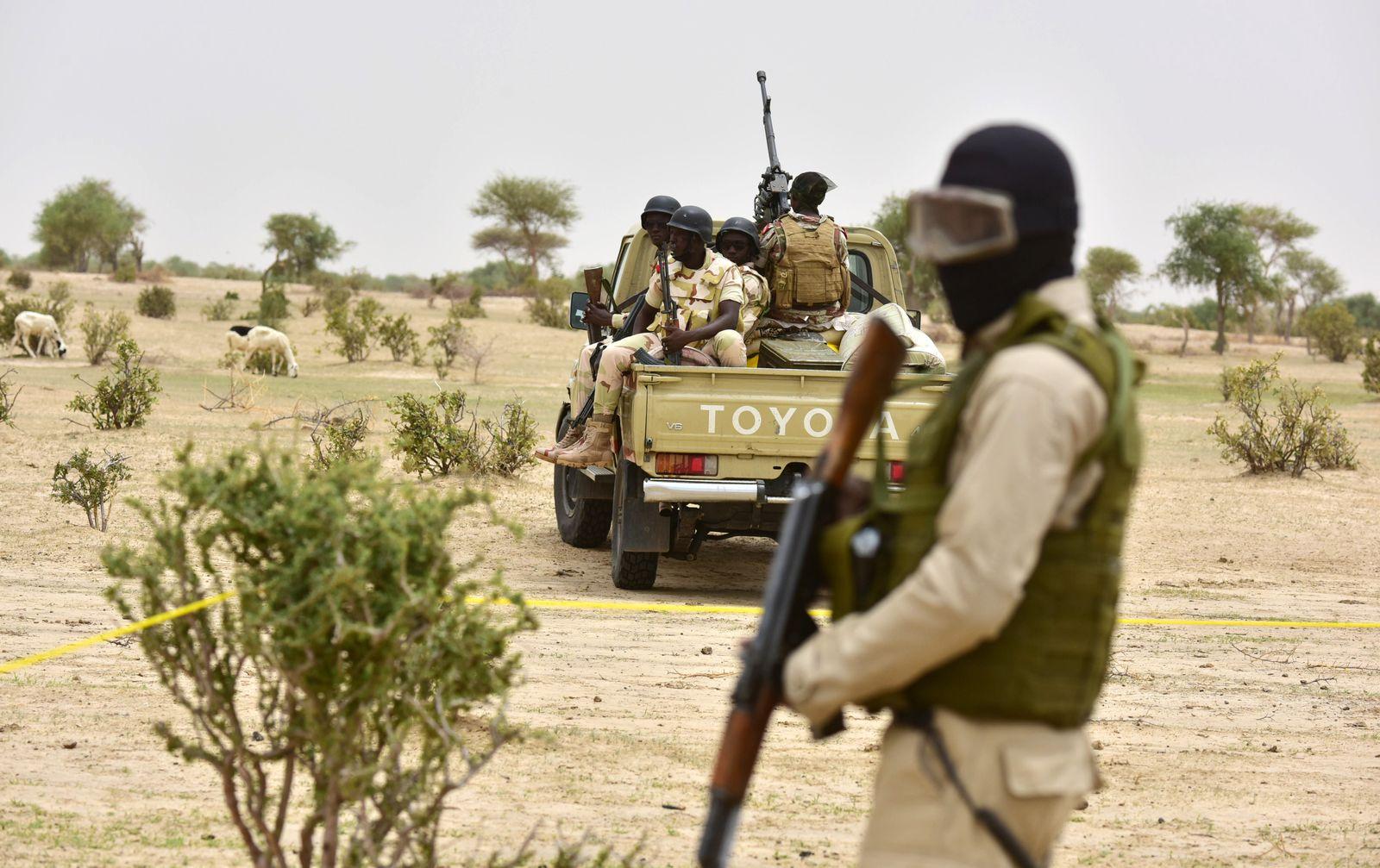 Niger/ Soldaten