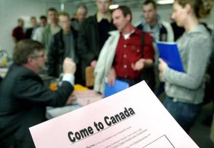 Werbung für's Auswandern: Ein Infoblatt der Arbeitsagentur für Kanada