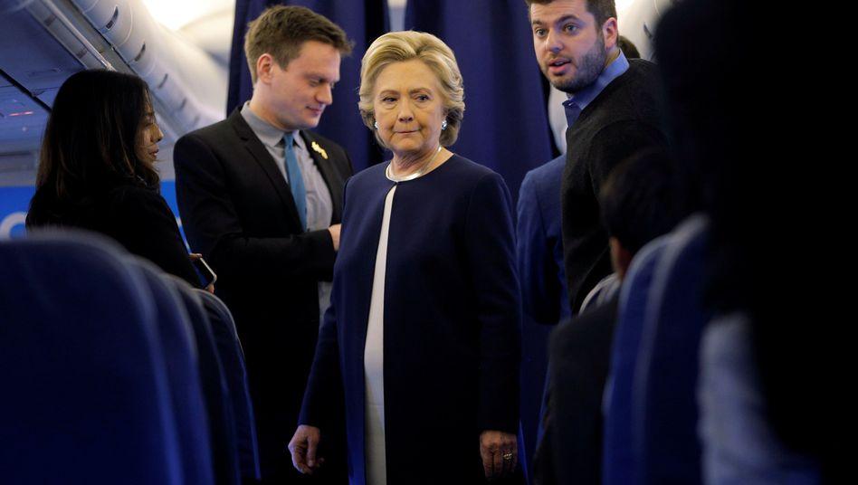 Hillary Clinton, Mitarbeiter