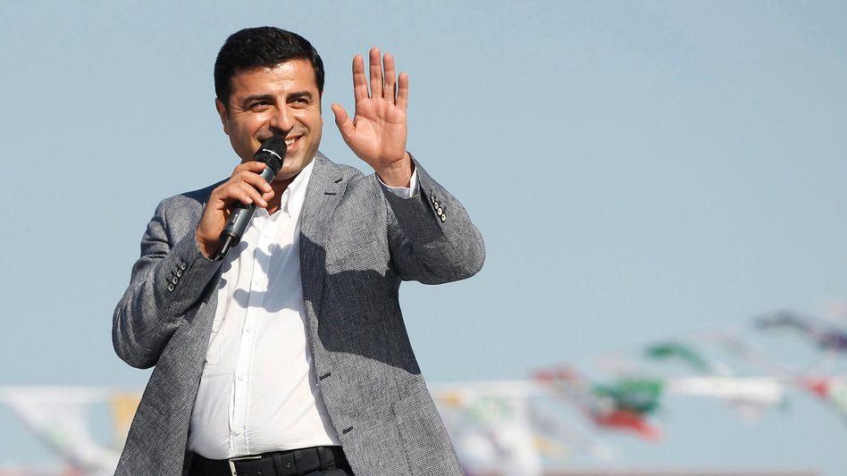 """Selahattin Demirtas, Co-Vorsitzender der HDP: """"Unter der Präsidentschaft würde eine Diktatur geschaffen"""""""