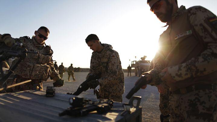Photo Gallery: Berlin Under Pressure After Afghan Air Raid