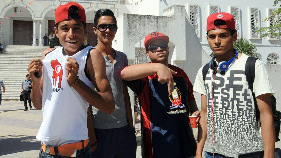Rap-Fans vor Gericht in Tunis: Ihr Idol Weld El 15 kommt frei