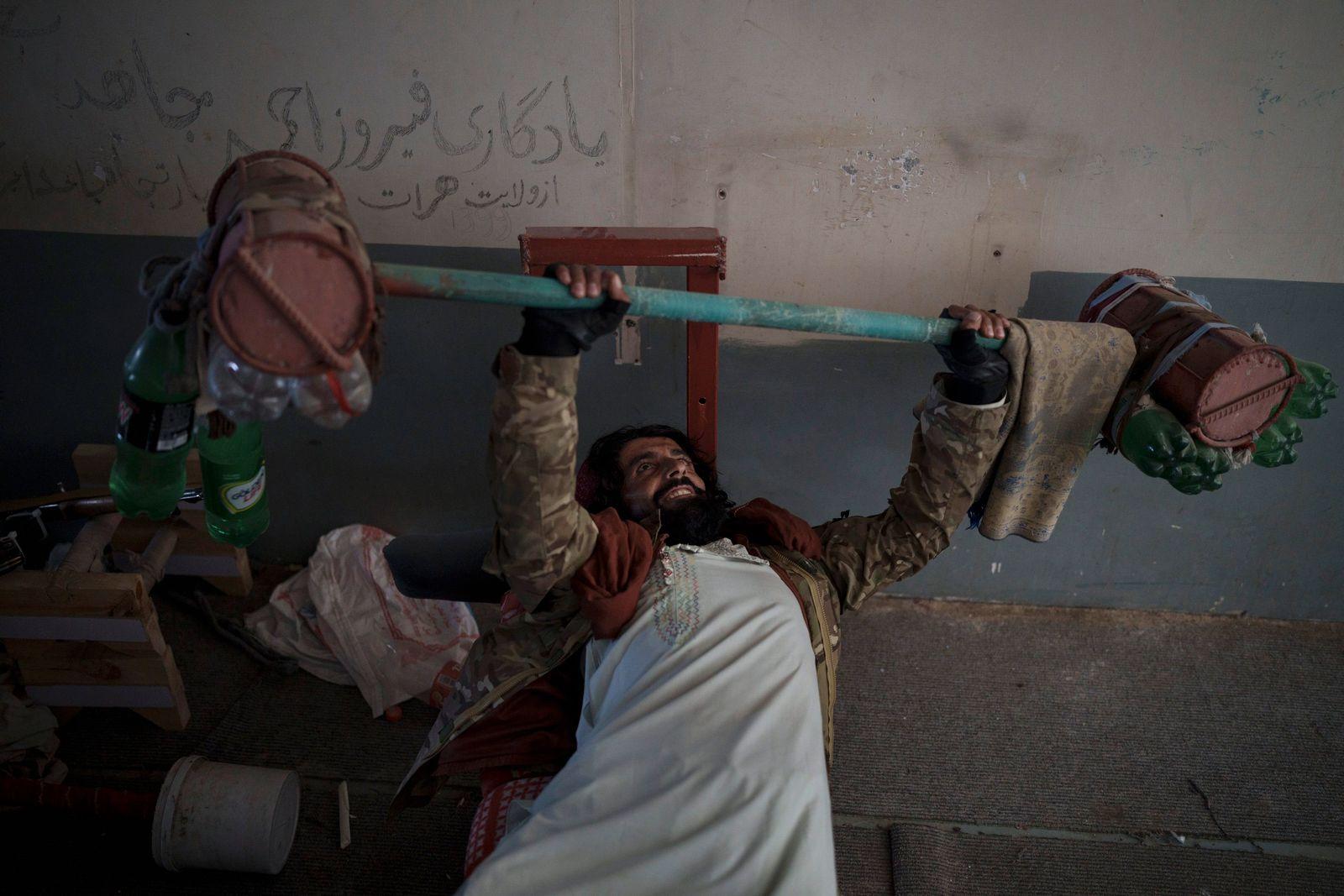 APTOPIX Afghanistan Prison
