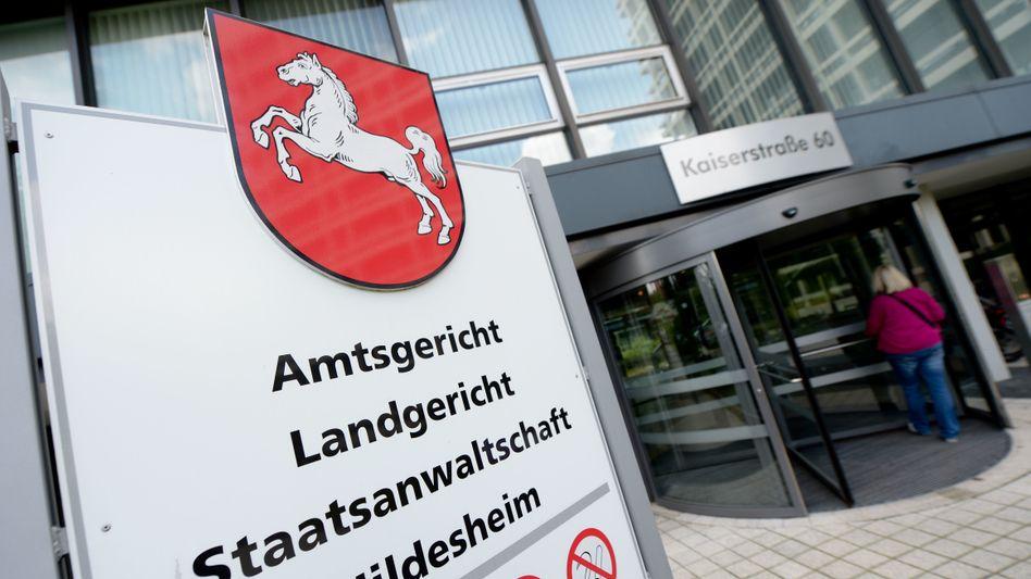 Eingang des Landgerichts Hildesheim