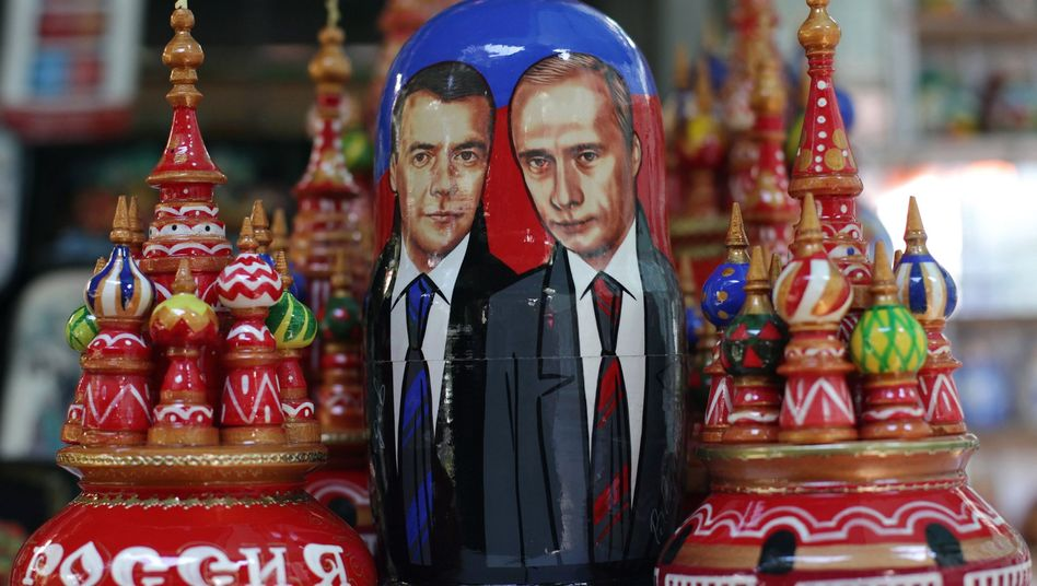 Inside is another Putin figure. And another....