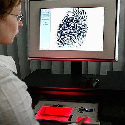 Fingerabdruck-Scanner: Erfassung aller Ausländer in Deutschland?
