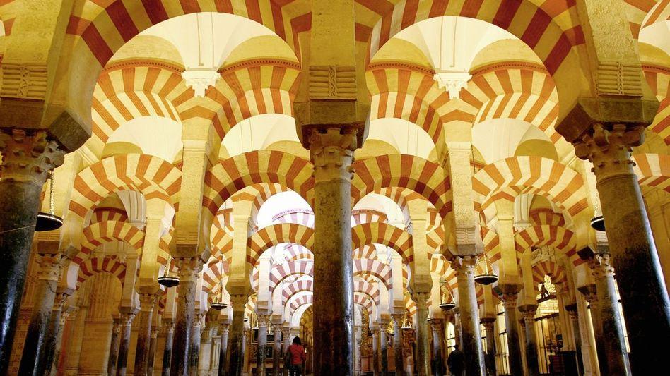 Säulenhalle der Mezquita