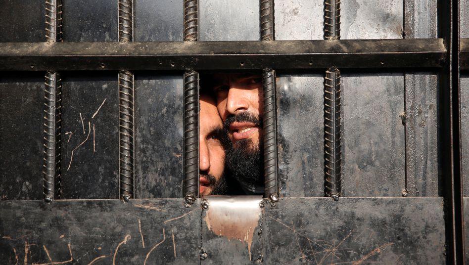 Insassen eines afghanischen Gefängnisses (Symbolbild)
