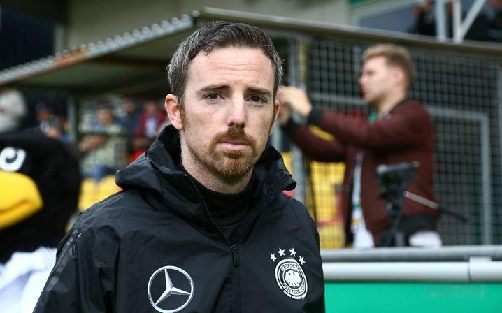 Meikel Schönweitz, Cheftrainer der U-Nationalmannschaften des DFB