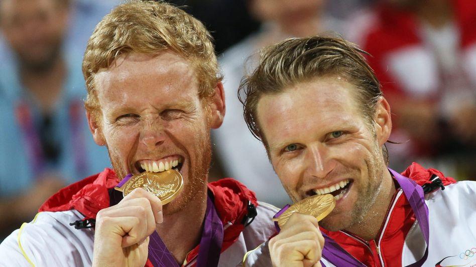 Beachvolleyballer Julius Brink und Jonas Reckermann (2012)