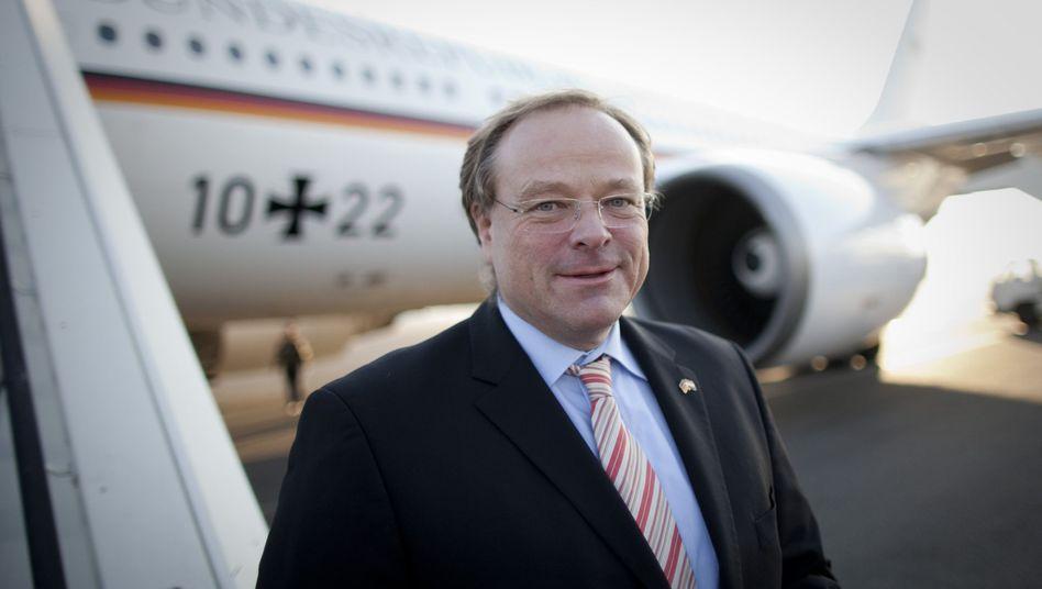 Minister Niebel: Wer lügt in der Teppich-Affäre?
