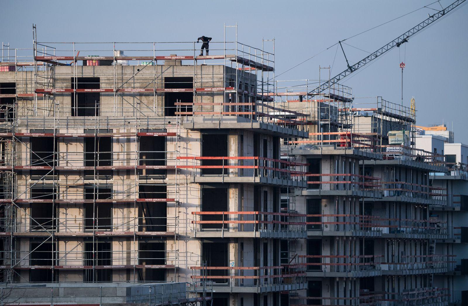 Mehr Wohnungen errichtet - aber weiter Stau am Bau