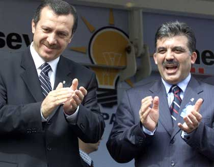 Erdogan und Gül: Milliarden für die Türkei