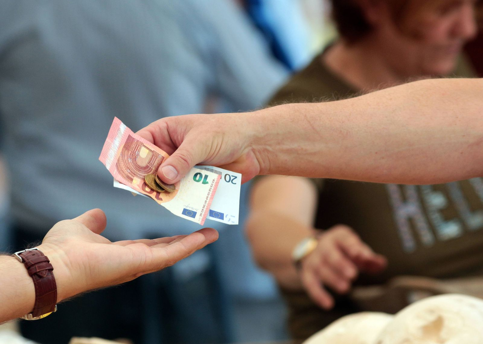 EINMALIGE VERWENDUNG Bargeld / Einkaufen / Kasse