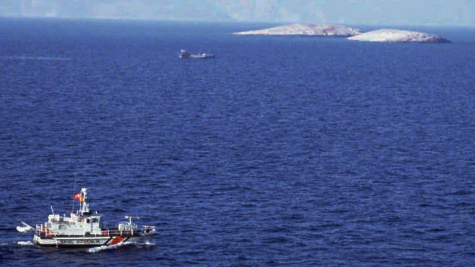 Türkisches Patrouillenboot vor Imia-Inseln