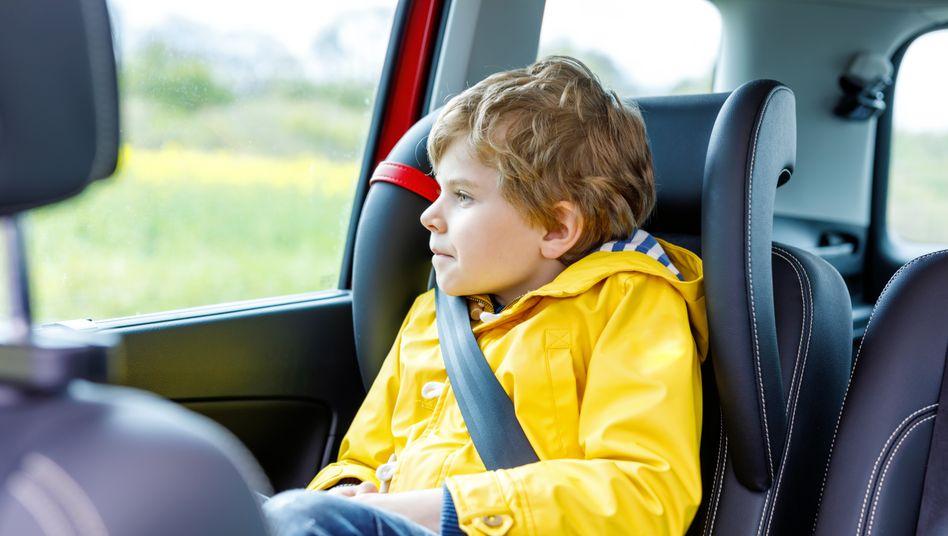 Im Auto zur Schule: bequem, aber nicht förderlich