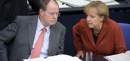 Krisenmanager Steinbrück, Merkel: Rekordanleihen im Rekordabschwung