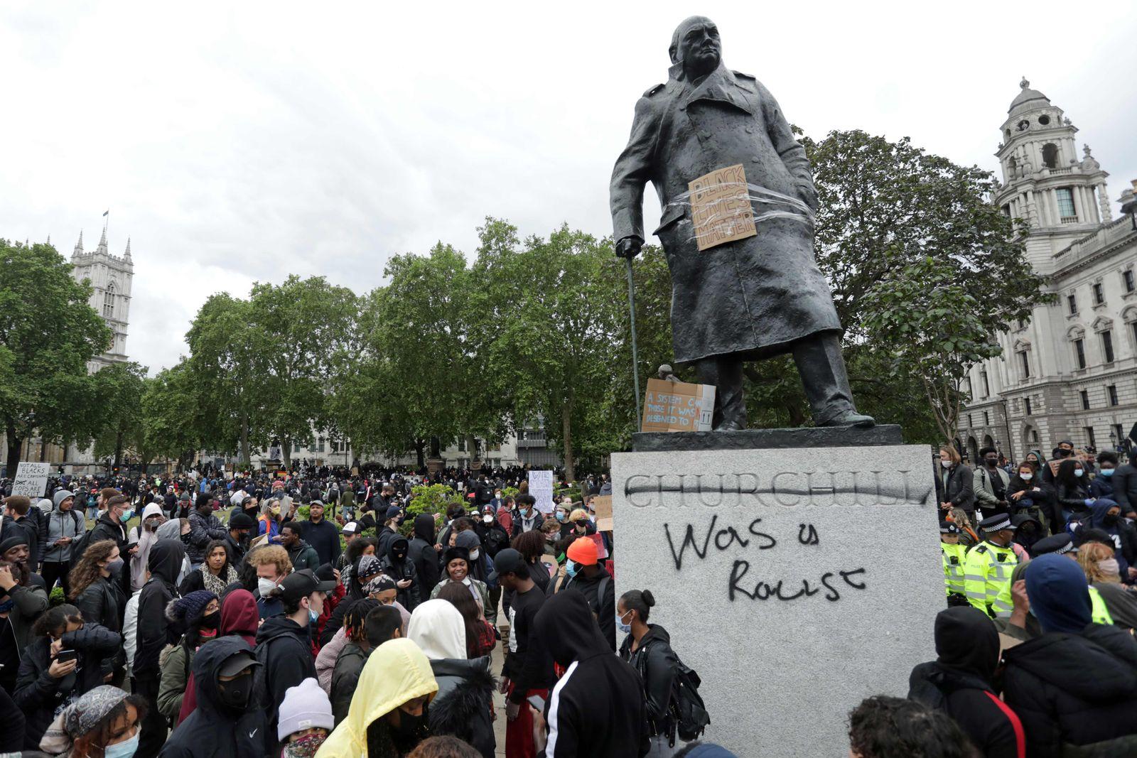 BRITAIN-US-RACISM-UNREST-FLOYD