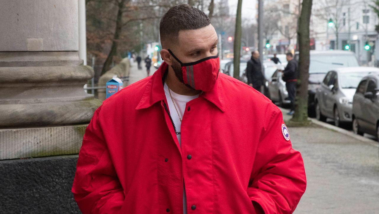 Urteil gegen Rapper: Bewährung für Fler, Respekt für den Polizisten - DER SPIEGEL