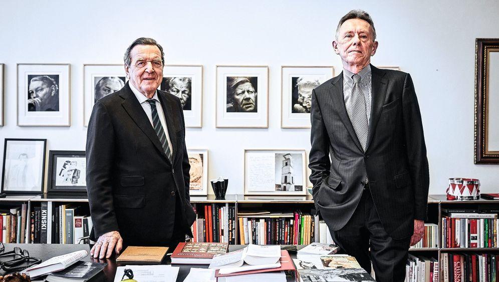 Autoren Schröder, Schöllgen: »Was sich in den USA in letzter Zeit abgespielt hat, war mehr, als eine zivilisierte Gesellschaft ertragen kann«