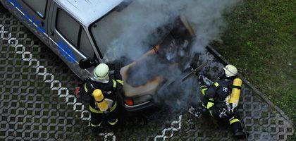 """Ausgebrannter Bus der Deutschen Polizeigewerkschaft: """"Sich abzufinden, kann keine Lösung sein"""""""